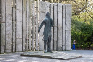 Edward Delaney's 'Wolfe Tone'