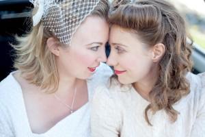 destination-retro-lesbian-wedding-alexa-clarke-kent-photography-5027